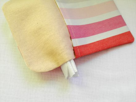 Sewing accessories with spunbond non-woven fabric