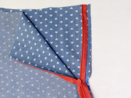 How to sew an invisible zipper - bigger seam allowances